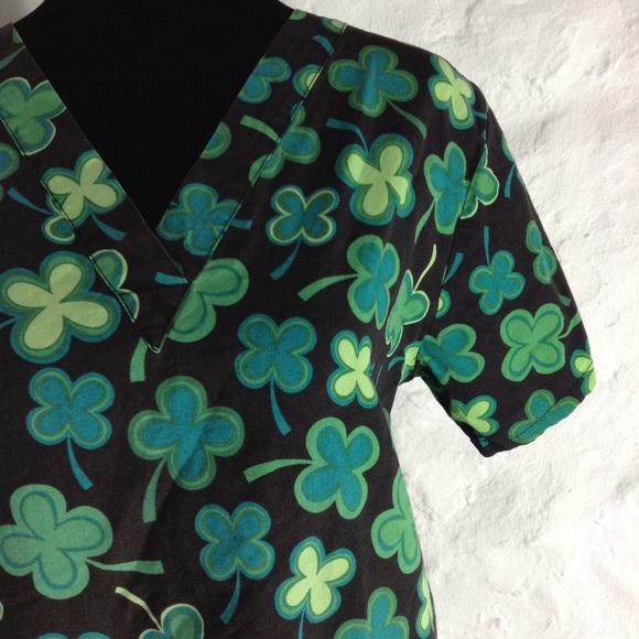 a2472f074e9 Tafford St Patrick's Day scrub top. M_5bb46871283095a786ad60e4